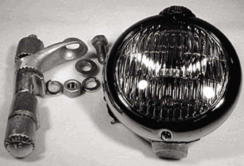 "Chevrolet Parts -  Driving Lights (6v, 5"") Clear With Brackets"