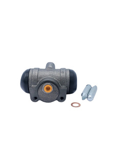 Wheel Cylinder -Rear On Rear Axle, 1-1/2 ton & 2 ton Photo Main