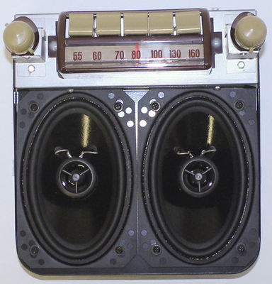 Radio And Speakers - AM/ FM/ Stereo. 47-53 GMC Trucks Photo Main